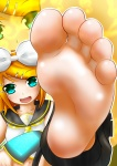 barefoot blush feet hypnos@鋼_(artist) kagamine_rin looking_at_viewer pov short_hair smiling soles toes vocaloid  rating:Safe score:10 user:SonicTemperance