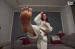 arches barefoot karate kick soles toes  rating:Safe score:2 user:Jamike